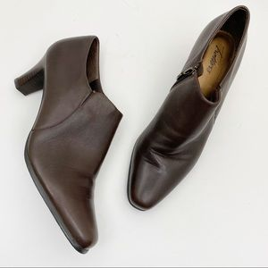 TROTTERS Brown Leather Bootie Side Zip Bootie